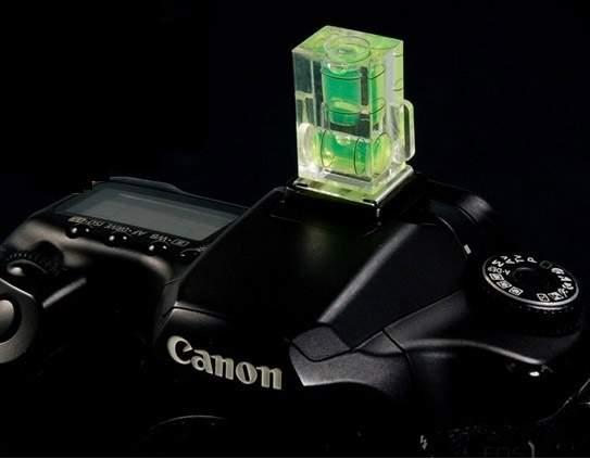 Zobrazit detail výrobku Mini foto vodováha pro fotoaparát a stativ